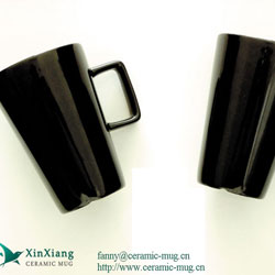 Black High Color Glazed Ceramic Mugs