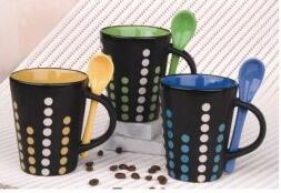 11 oz Ceramic coffee cup with spoon